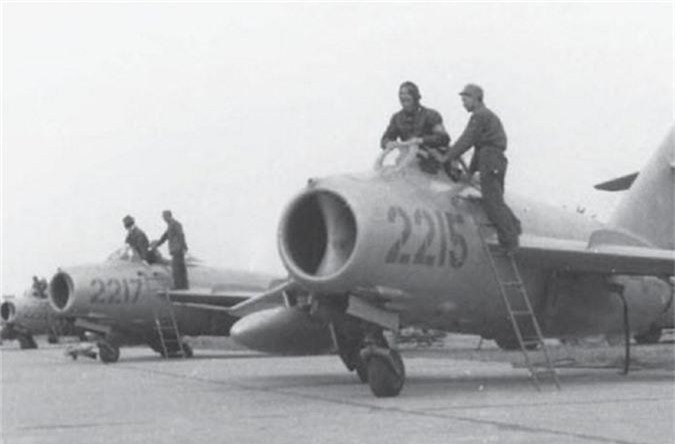 Giai ma may bay Trung Quoc thu 2 ma Viet Nam tung co-Hinh-2