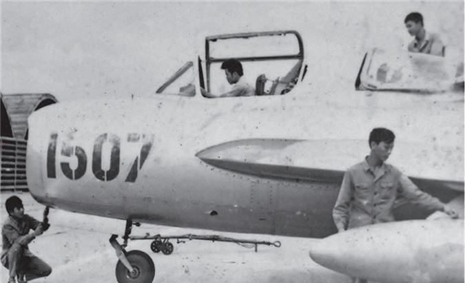 Giai ma may bay Trung Quoc thu 2 ma Viet Nam tung co-Hinh-4