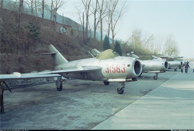Giai ma may bay Trung Quoc thu 2 ma Viet Nam tung co-Hinh-7