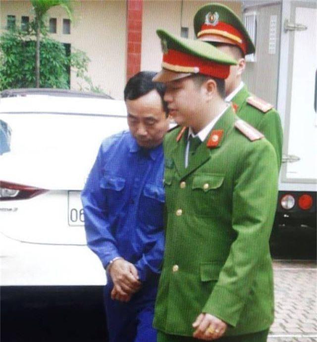 Mở lại phiên xử vụ nữ sinh lớp 9 bị xâm hại ở Thái Bình - 2