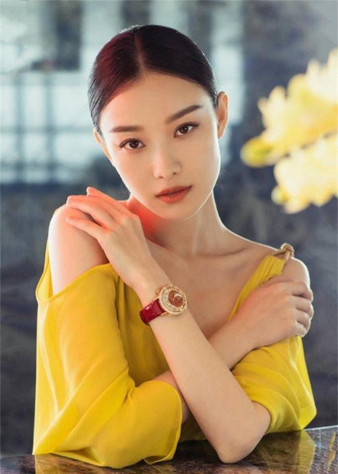 Mỹ nhân sở hữu gương mặt hoàn hảo nhất châu Á: Làm lu mờ Song Hye Kyo, khiến Jennie đội sổ nhưng có đẹp đến thế? - Ảnh 8.