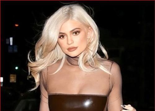 Kylie Jenner đã chi tới 2 triệu USD để làm phẩu thuật thẩm mỹ