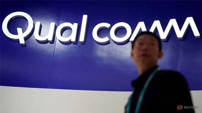 Apple - Qualcomm làm hòa và sẽ phát triển điện thoại 5G. Ảnh: Reuters.