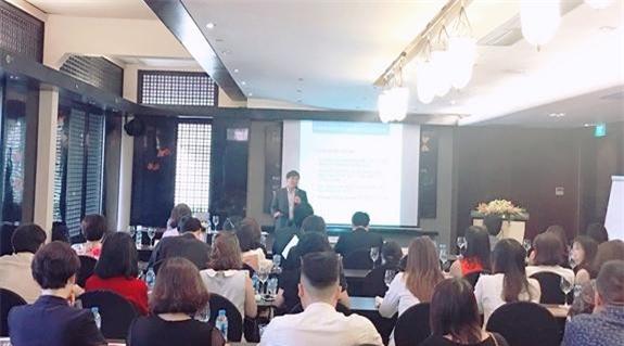 Ông Trương Văn Cẩm phát biểu tại hội thảo.