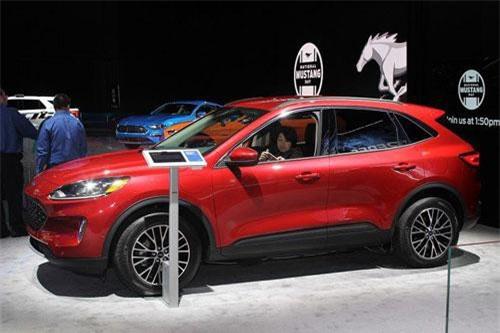 9. Ford Escape 2020.