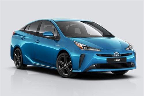 7. Toyota Prius (doanh số: 36.120 chiếc).