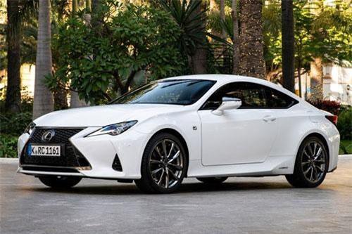 9. Lexus RC.
