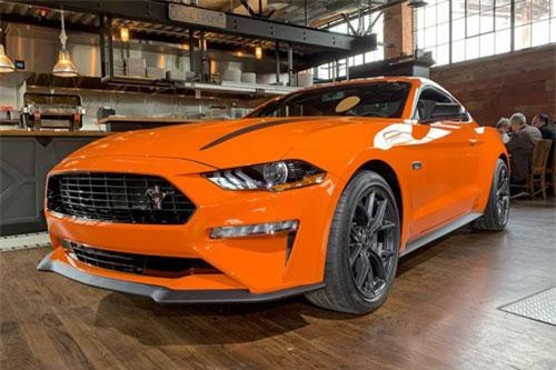 Ford Mustang 2.3L High Performance 2020.