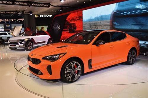 3. Kia Stinger GTS 2020.