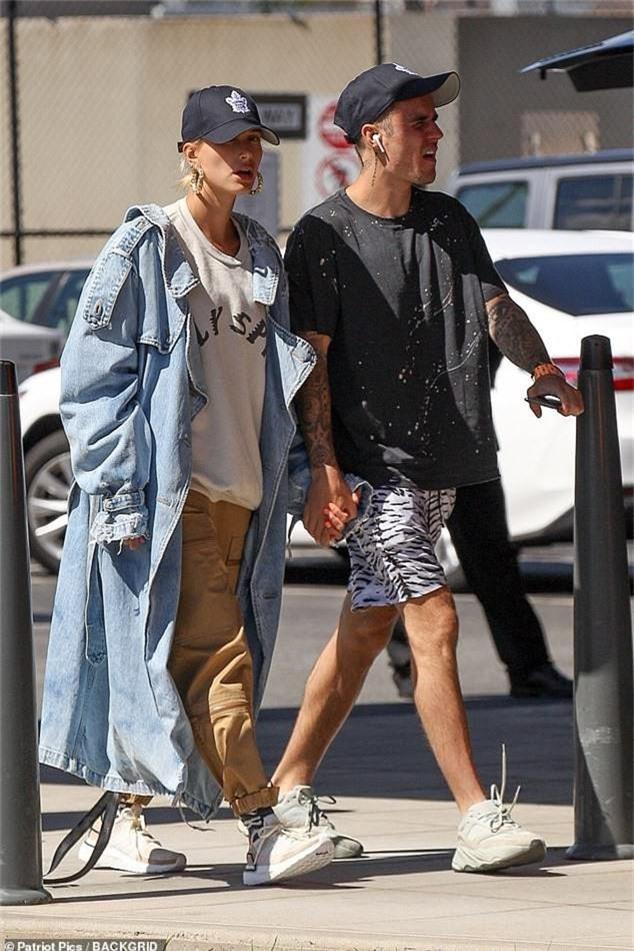Justin Bieber và Hailey xứng đáng là cặp vợ chồng 9x hạnh phúc nhất nhì Hollywood, nhìn loạt ảnh này là rõ! - Ảnh 1.
