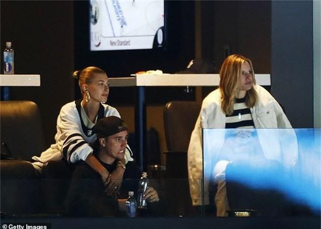 Justin Bieber và Hailey xứng đáng là cặp vợ chồng 9x hạnh phúc nhất nhì Hollywood, nhìn loạt ảnh này là rõ! - Ảnh 4.