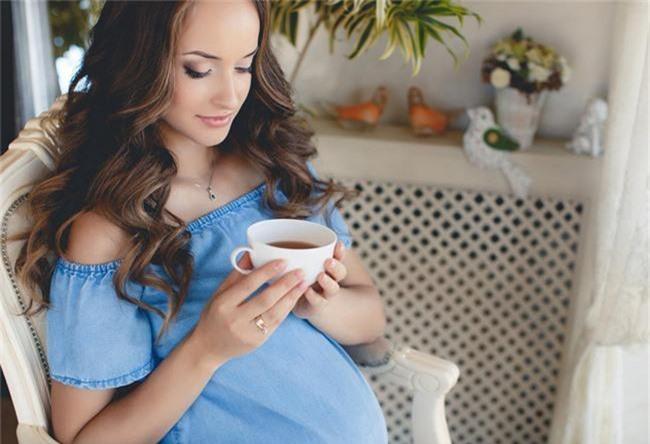 """Những thực phẩm là """"thuốc tránh thai tự nhiên"""", các cặp vợ chồng đang muốn có con lưu ý nên tránh - Ảnh 1."""