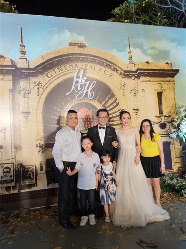 Kết hôn ở tuổi 46, NSND Trung Hiếu một lần chơi lớn, biến đám cưới lần 3 tại Hà Nội thành Đại hội Hội Nghệ sĩ sân khấu Việt Nam - Ảnh 10.