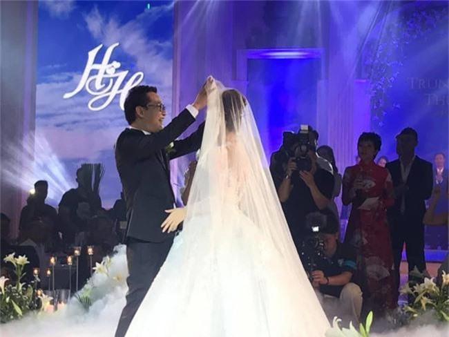 Kết hôn ở tuổi 46, NSND Trung Hiếu một lần chơi lớn, biến đám cưới lần 3 tại Hà Nội thành Đại hội Hội Nghệ sĩ sân khấu Việt Nam - Ảnh 23.