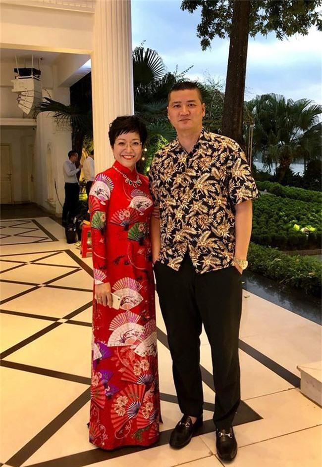 Kết hôn ở tuổi 46, NSND Trung Hiếu một lần chơi lớn, biến đám cưới lần 3 tại Hà Nội thành Đại hội Hội Nghệ sĩ sân khấu Việt Nam - Ảnh 27.