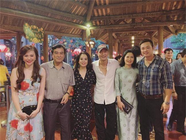 Kết hôn ở tuổi 46, NSND Trung Hiếu một lần chơi lớn, biến đám cưới lần 3 tại Hà Nội thành Đại hội Hội Nghệ sĩ sân khấu Việt Nam - Ảnh 29.