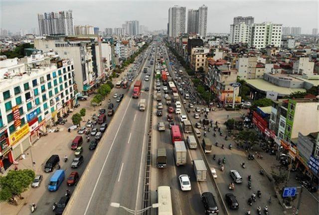 Bến xe Hà Nội đông nghịt người dân về quê nghỉ lễ - 8