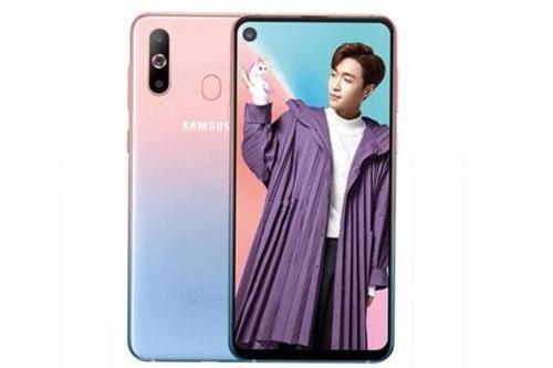 """""""Trái tim"""" của Samsung Galaxy A60 là chip Qualcomm Snapdragon 675 lõi 8 với xung nhịp tối đa 2 GHz, GPU Adreno 612. RAM 6 GB, ROM 64/128 GB, có khay cắm thẻ microSD chuyên dụng với dung lượng tối đa 512 GB. Hệ điều hành Android 9.0 Pie."""