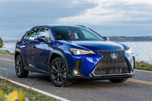 Lexus UX 2019 (giá khởi điểm: 32.000 USD).