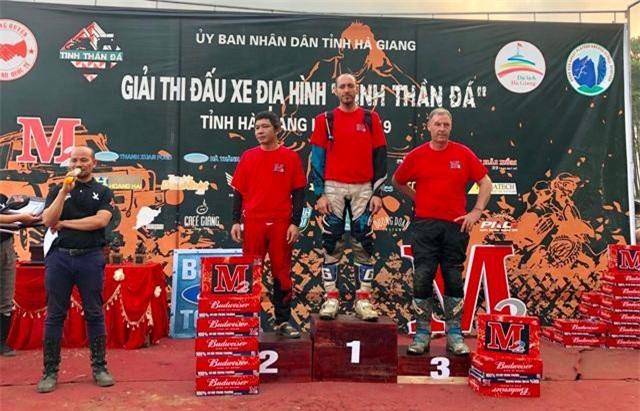 Ban tổ chức đã trao giải Nhất, Nhì, và Ba ở các nội dung thi cho các VĐV, trong đó Giải nhất ở nội dung mô tô là một chiếc xe mô tô cào cào