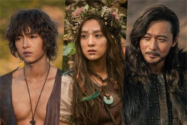 Bom tấn truyền hình của Song Joong Ki xác nhận ngày lên sóng, có đến 3 phần phim dài miên man - Ảnh 7.