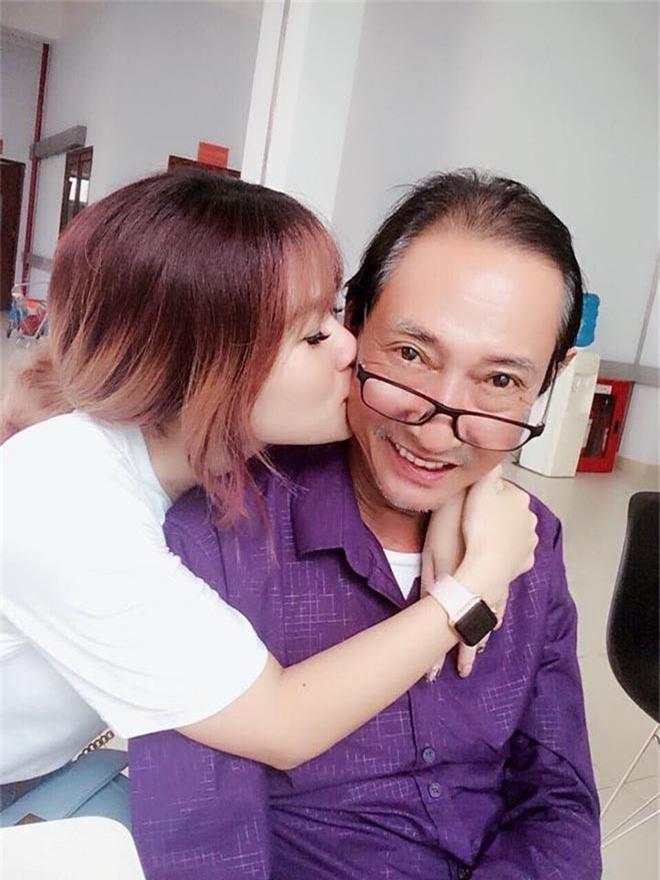 Con gái đau xót, bạn bè, đồng nghiệp bàng hoàng trước sự ra đi của nghệ sĩ Lê Bình - Ảnh 1.