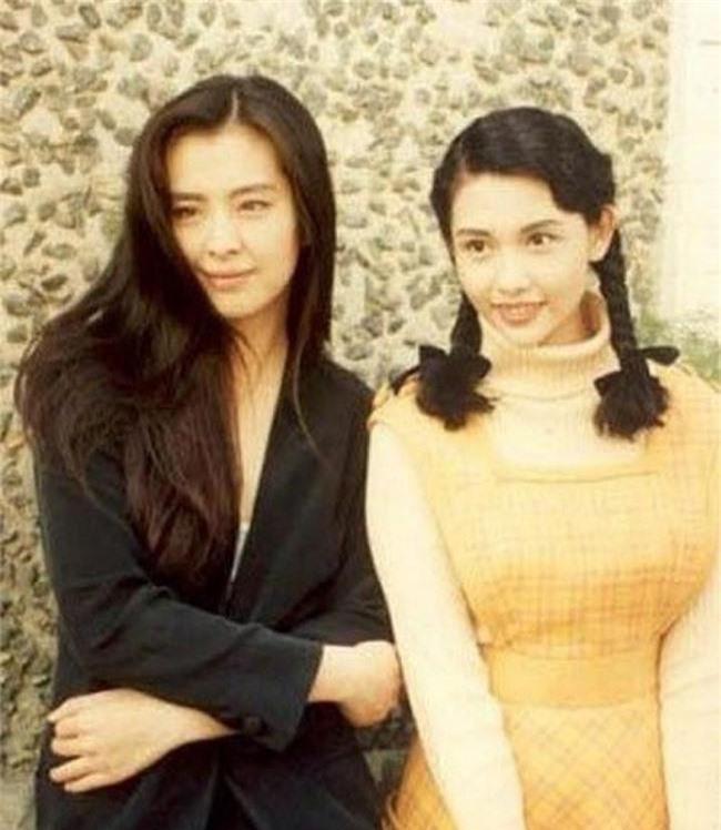 Nhìn lại nhan sắc của loạt đại mỹ nhân Cbiz gần 20 năm trước để hiểu rằng Dương Mịch, Địch Lệ Nhiệt Ba của hiện tại nhạt nhòa thế nào - Ảnh 11.