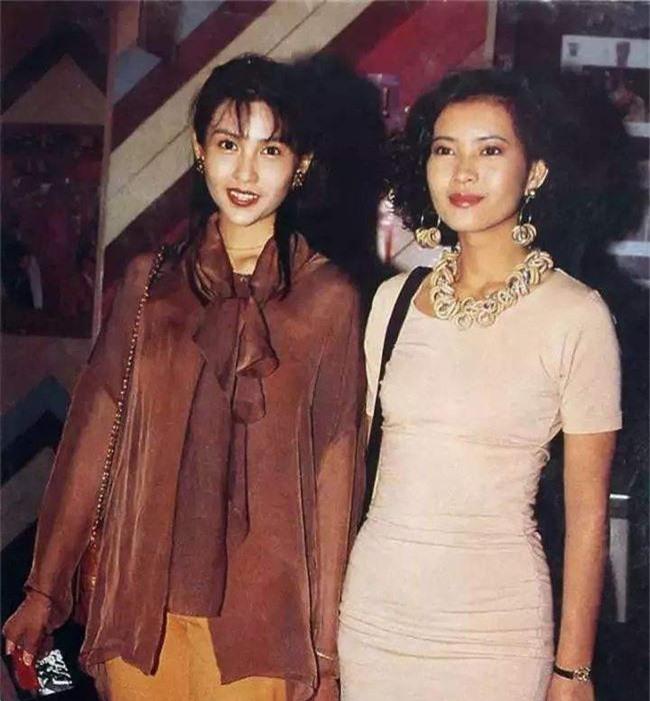 Nhìn lại nhan sắc của loạt đại mỹ nhân Cbiz gần 20 năm trước để hiểu rằng Dương Mịch, Địch Lệ Nhiệt Ba của hiện tại nhạt nhòa thế nào - Ảnh 15.