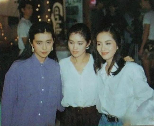 Nhìn lại nhan sắc của loạt đại mỹ nhân Cbiz gần 20 năm trước để hiểu rằng Dương Mịch, Địch Lệ Nhiệt Ba của hiện tại nhạt nhòa thế nào - Ảnh 5.