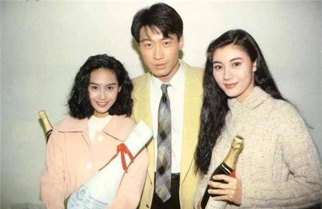 Nhìn lại nhan sắc của loạt đại mỹ nhân Cbiz gần 20 năm trước để hiểu rằng Dương Mịch, Địch Lệ Nhiệt Ba của hiện tại nhạt nhòa thế nào - Ảnh 9.
