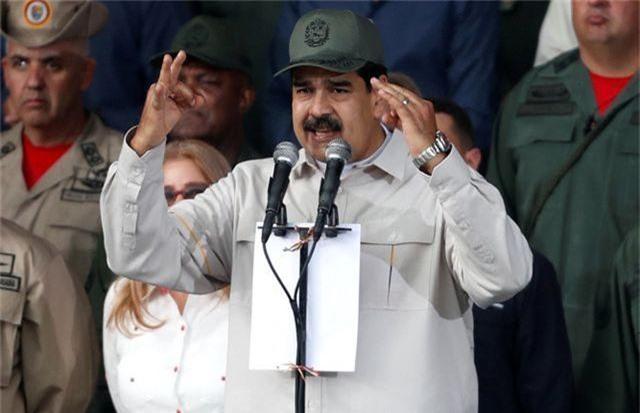 Tổng thống Venezuela tuyên bố không bỏ trốn sang Cuba - 1