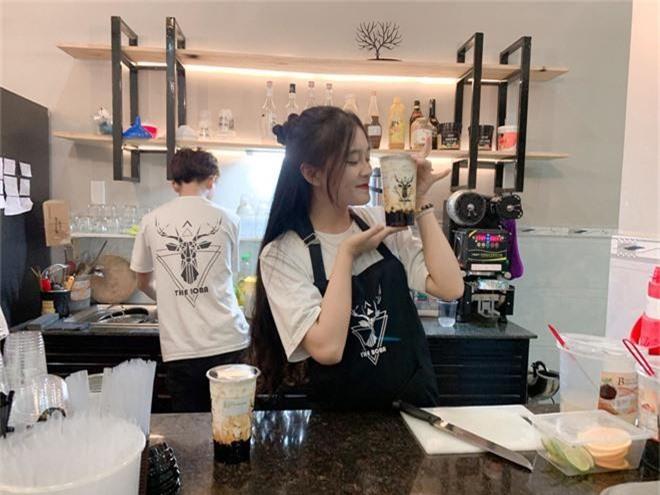Nữ sinh Đồng Nai nổi như cồn sau một lần bị đăng ảnh trên Facebook, được khen giống Han Sara nhưng dễ thương hơn - Ảnh 9.