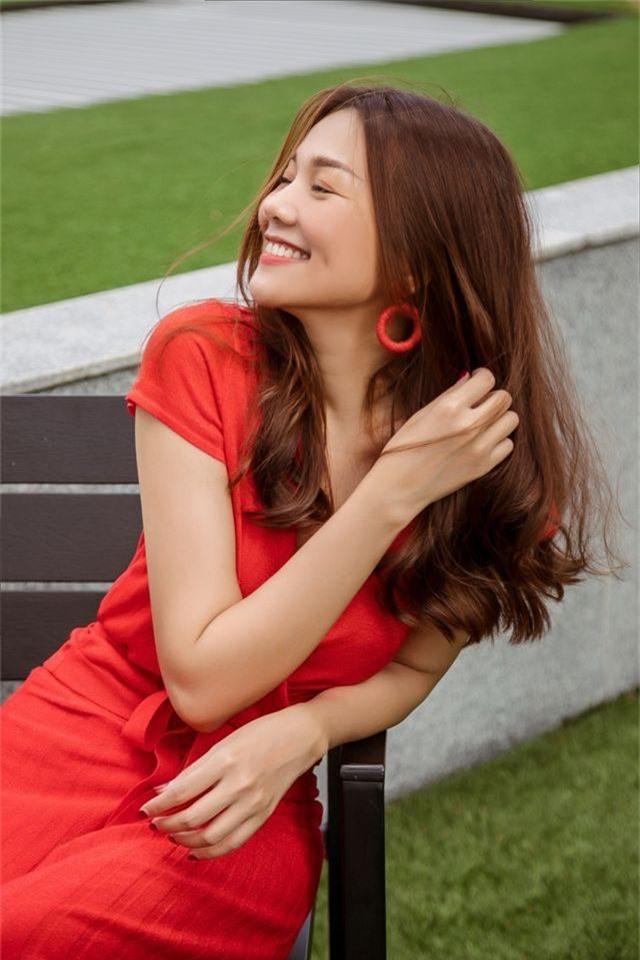 """Siêu mẫu Thanh Hằng - tuổi 36 """"phòng không"""" vẫn trẻ đẹp như gái 20 - 3"""