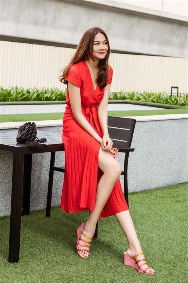 """Siêu mẫu Thanh Hằng - tuổi 36 """"phòng không"""" vẫn trẻ đẹp như gái 20 - 4"""