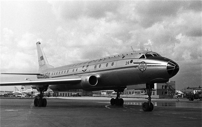 Tai sao Tu-104 lai la loai may bay dan su nguy hiem nhat lich su Lien Xo-Hinh-4