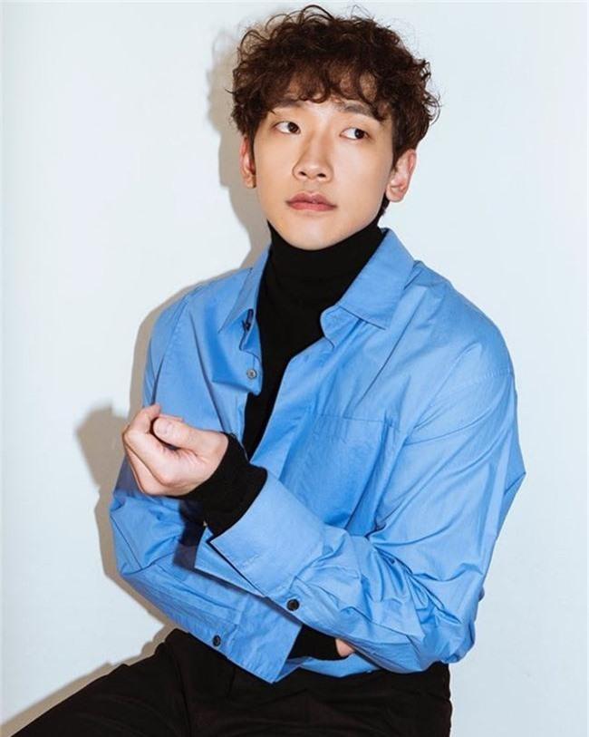 Kim Tae Hee đang mang bầu, Bi Rain lại bất ngờ đóng phim cùng mỹ nhân 19+ từng diễn cảnh ân ái gây sốc với Song Seung Hun - Ảnh 2.