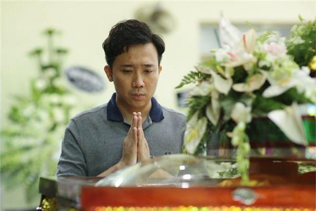 Trấn Thành cảm thấy có lỗi vì đã không đến thăm Lê Bình khi ông nằm viện - 1