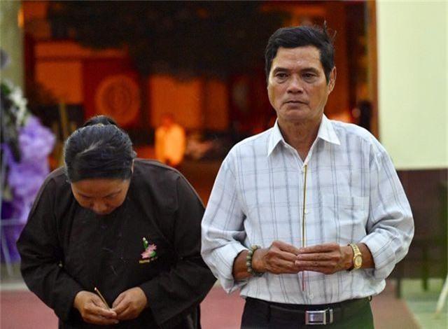 Trấn Thành cảm thấy có lỗi vì đã không đến thăm Lê Bình khi ông nằm viện - 10