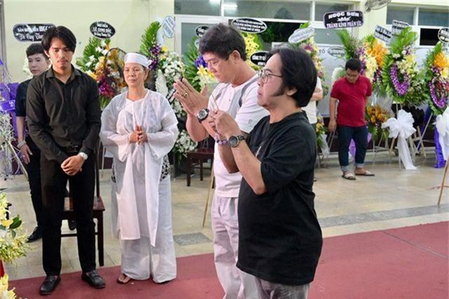 Trấn Thành cảm thấy có lỗi vì đã không đến thăm Lê Bình khi ông nằm viện - 15