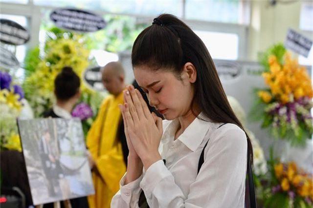 Trấn Thành cảm thấy có lỗi vì đã không đến thăm Lê Bình khi ông nằm viện - 9