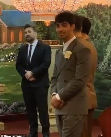 Trò chơi vương quyền đi đến hồi kết, diễn viên bất ngờ kết hôn - Ảnh 2.