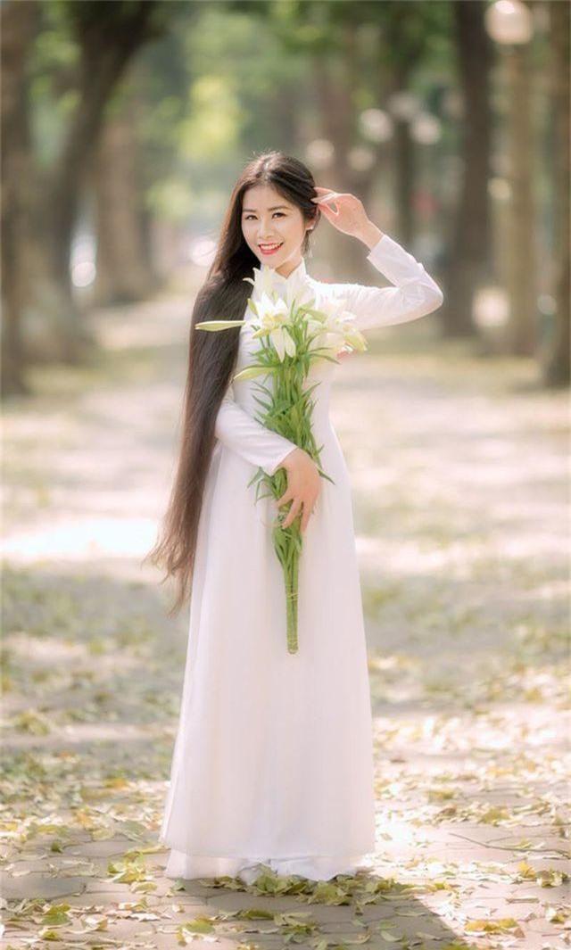 Ngẩn ngơ trước vẻ xinh đẹp của nữ sinh Văn hóa sở hữu mái tóc dài 1m35 - 3