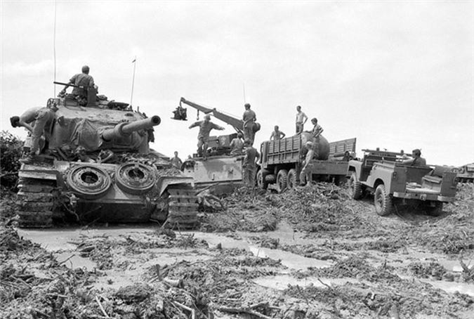 Bat ngo xe tang nang nhat trong Chien tranh Viet Nam-Hinh-2
