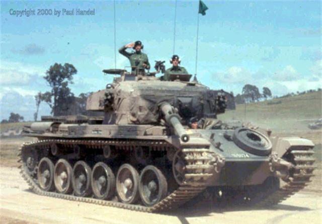 Bat ngo xe tang nang nhat trong Chien tranh Viet Nam-Hinh-5