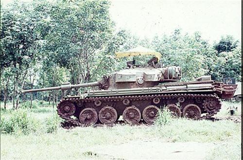 Bat ngo xe tang nang nhat trong Chien tranh Viet Nam-Hinh-8