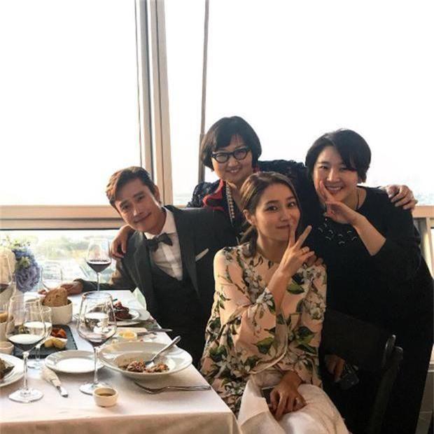 Thánh tiên tri Kbiz khiến công chúng rùng mình: Big Bang phán đúng về thảm cảnh Seungri nhưng vẫn chào thua BTS - Ảnh 8.