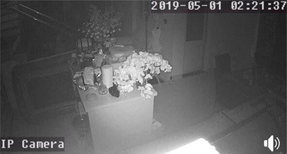 Vợ chồng Lê Hà bị trộm đột nhập vào nhà lấy cắp tài sản ngay trong đêm diễn ra đám cưới - Ảnh 1.