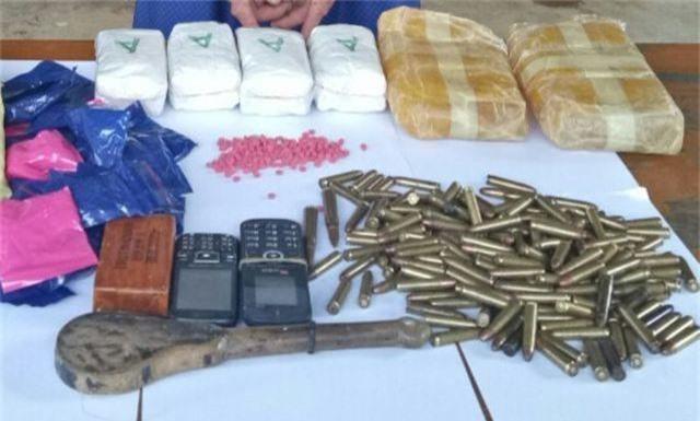 Bắt đối tượng vận chuyển 12.000 viên ma túy tổng hợp và hàng trăm viên đạn - 2