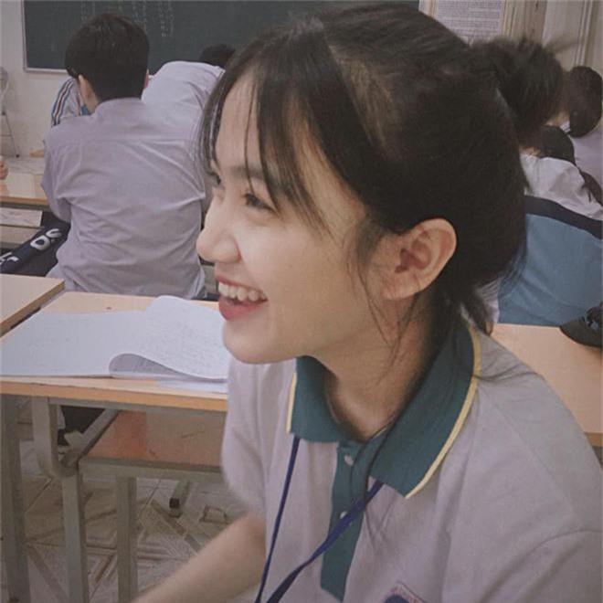Bị chụp lén những vẫn đẹp xuất sắc, nữ sinh 10X Chuyên Thái Nguyên nổi như cồn chỉ sau một đêm - Ảnh 3.