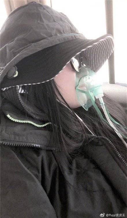 Khổ như Phạm Băng Băng: Bị suy kiệt sức khỏe phải thở bình oxy, truyền nước vẫn bị mỉa mai là làm màu, diễn sâu - Ảnh 4.